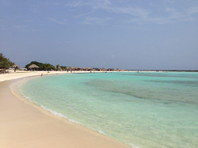 Playa de Eagle, una de las playas más lindas del Caribe, aruba, playa más bonita del mundo, oranjestad, los mejores lugares para viajar playa, aruba, donostia tripadvisor