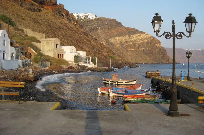 Bahía Armeni en Oia