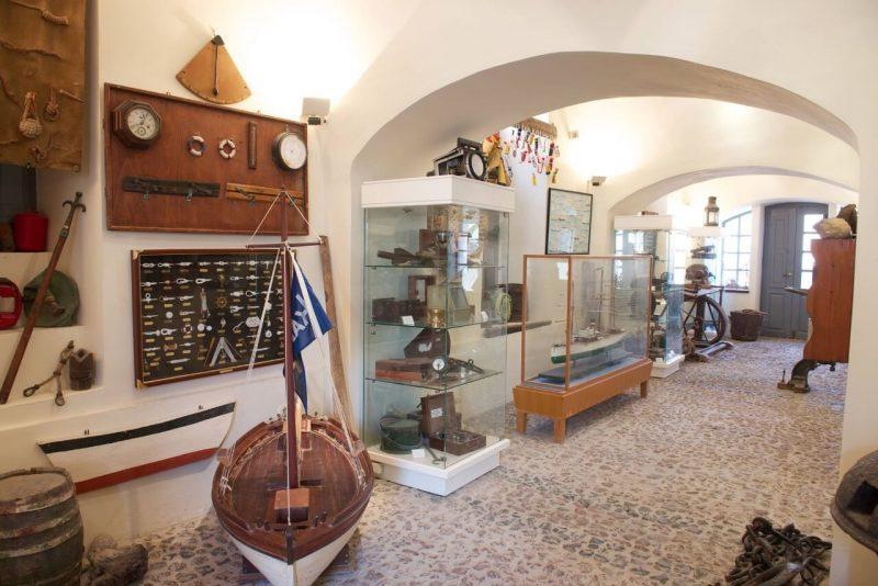 Museo Marítimo Naval de Oia Santorini