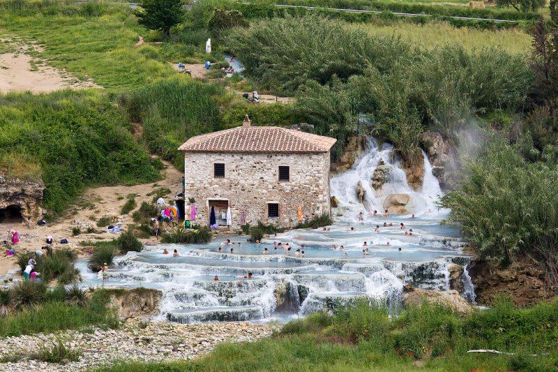 Cascate del Mulino lugares más bonitos de Italia