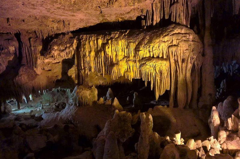 Cuevas de Castellana Italia