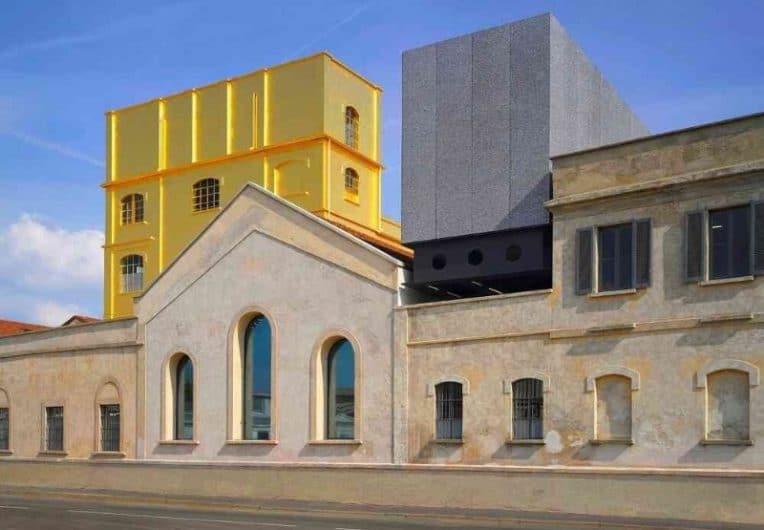 Edificio de oro de la Fundación Prada