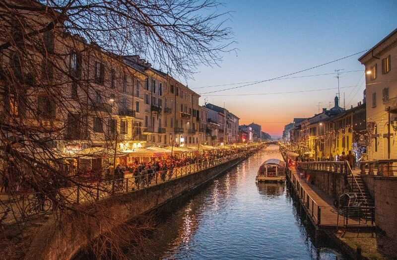 Paseo por Navigli en Milán