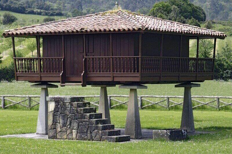 Hórreos Asturias