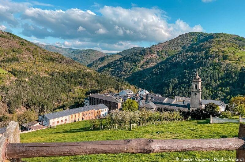 Vistas de Taramundi desde La Rectoral